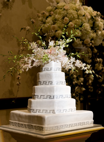 wedding cake flowers perla farms