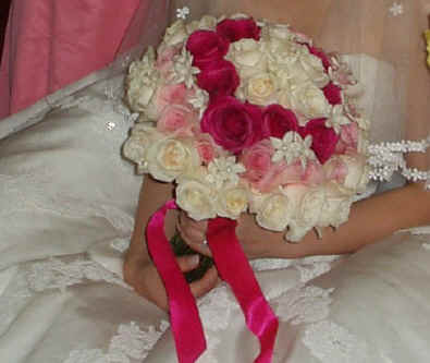 roses bride bouquet